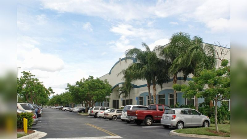 2500 NW 19th St - DataCenters - Sublease