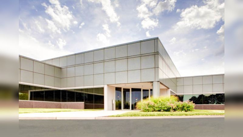 Lakefront 9 - Office - Lease