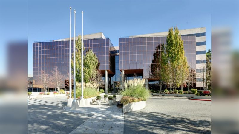 Newport Tower - Office - Lease