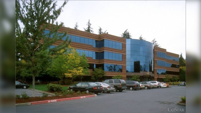 5000 Meadows Rd - Office - Lease