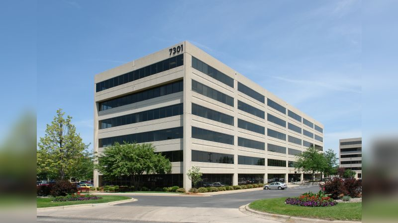 Edina 100 - Office - Lease