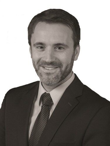 Jake Servinsky - Commercial Real Estate Broker