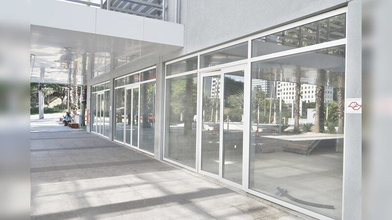Lojas no West Tower  - Retail - Lease