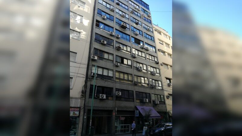 Oficinas en Argentina - Montevideo 666 - Office - Lease
