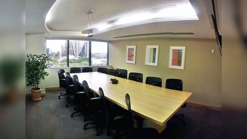 Corporate Financial Center - Regus - Coworking - Lease