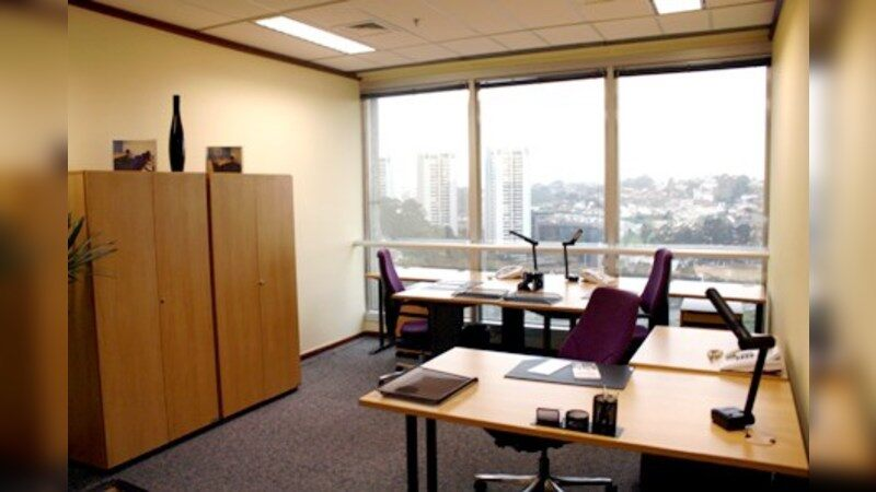 World Trade Center - Regus - Coworking - Lease