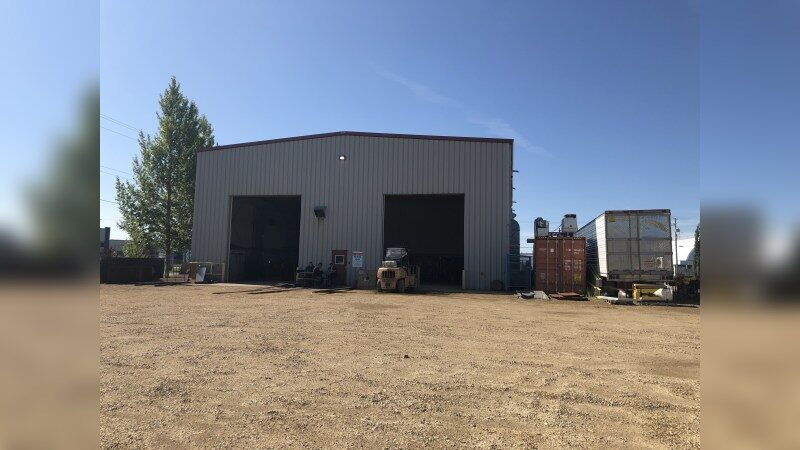 FOR SALE: 3902 82 Avenue, Leduc, Alberta - Industrial - Sale