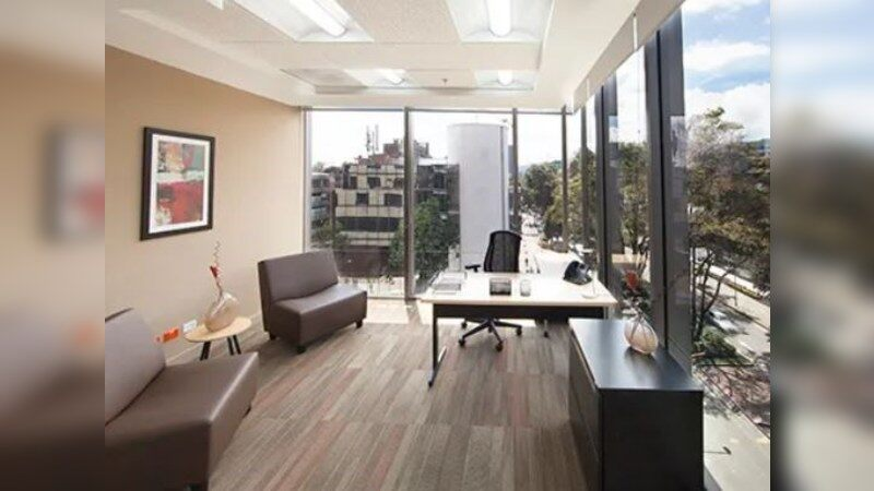 Regus: Chicó: Urban Plaza - Coworking - Office - Lease