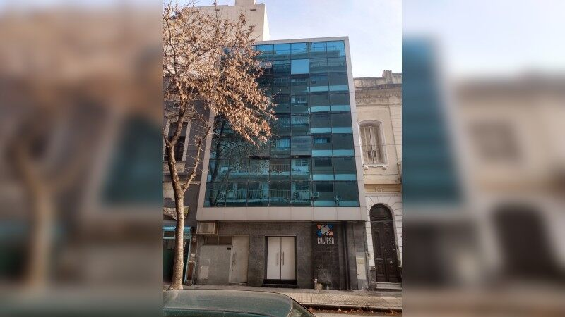 Uspallata 867 - Edificio en Block en Venta - Office - Sale
