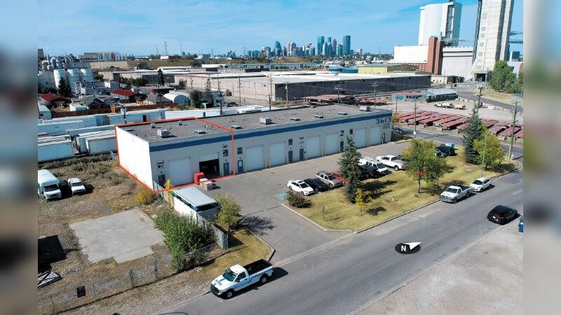 Front Loading Warehouse Storage Bay in Central Location - Industrial - Lease